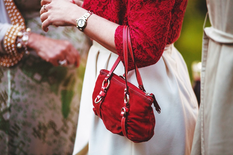 Emergency Kit for your Purse- The Vogue Vista